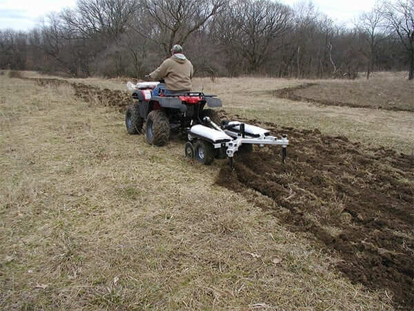 543 Action 1 Chisel Plow Till-Ease Model 543